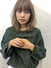 くびれ外ハネミディ【N-115】|ALICe by afloat 伊東 七彩のヘアスタイル
