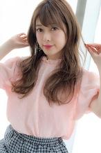 女子アナ風リラックスセミディ【シアーグレージュ】U-209 ALICe by afloat 上田 ヒロツグのヘアスタイル