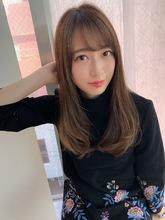 女子アナ風大人セミディ【ラテグレージュ】U-211|ALICe by afloatのヘアスタイル