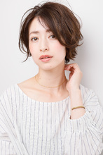 女っぷりを上げる毛束感がまぶしいレディなふわっとカール|ALICe by afloat ムッシュ 豊田のヘアスタイル
