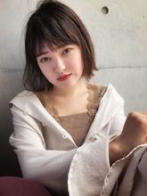 Aラインボブ フォギーベージュ【y−430】 ALICe by afloat 松盛 友美子のヘアスタイル