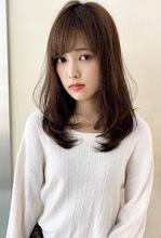 大人きれいなツヤ髪 内巻きワンカールM240|ALICe by afloatのヘアスタイル