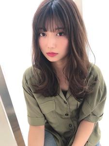 女子アナ風ひし形セミディ【シナモンブランジュ】U-228|ALICe by afloatのヘアスタイル