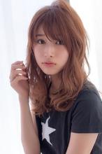 女子アナ風ウェーブセミディ【シナモンブランジュ】U-240|ALICe by afloatのヘアスタイル