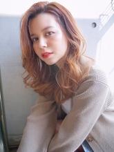 かきあげウェーブヘア 外国人風カラー【N-171】|ALICe by afloatのヘアスタイル