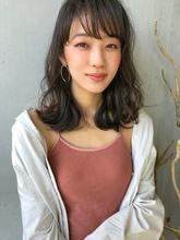 艶ふわミディ 愛されパーマ【N -172】|ALICe by afloatのヘアスタイル