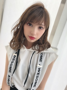 女子アナ風清楚セミディ【シナモンブランジュ】U-276|ALICe by afloatのヘアスタイル