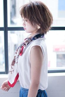 おしゃれな横顔美人なショートスタイル  AKI-488|ALICe by afloatのヘアスタイル