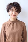 上質な雰囲気を叶える吉瀬美智子さん風ショート
