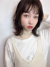 大人小顔ミディウルフマッシュレイヤー|ALICe by afloat 鎌倉 彩のヘアスタイル