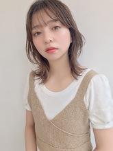 大人レイヤー外ハネミディ|ALICe by afloat 鎌倉 彩のヘアスタイル