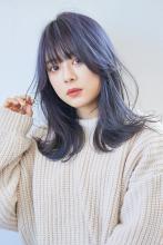 透明感とツヤ感のある 外ハネくびれミディ|ALICe by afloat 早川 隆介のヘアスタイル