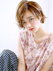 外ハネカールショート|allys hair aoyamaのヘアスタイル