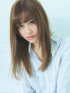 ふんわりバングナチュラルストレート|allys hair aoyamaのヘアスタイル
