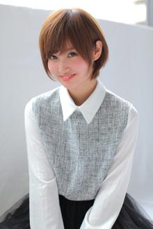 ナチュラルガーリー[大人気★愛されヘアー]小顔ショート allys hair aoyamaのヘアスタイル