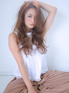 大人かわいいロングスタイル|allys hair aoyamaのヘアスタイル