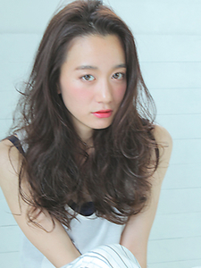 リゾートウェーブ|allys hair aoyamaのヘアスタイル