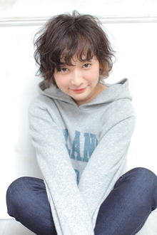 フワッとカジュアル☆ショートパーマ|allys hair aoyamaのヘアスタイル