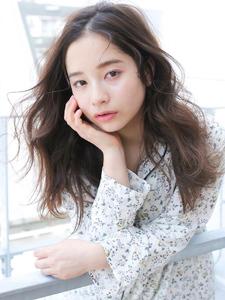 ヘルシー☆セクシー☆セミウェットナチュラルスタイル|allys hair aoyamaのヘアスタイル