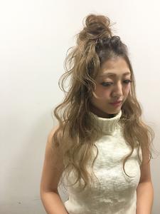グラデーション×おだんご★|allys hair shinsaibashi OPAのヘアスタイル
