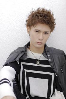 アップバングモヒカン allys hair shinsaibashi OPAのヘアスタイル