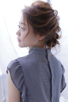 ヘアアレンジ(ナチュラル)|allys hair shinsaibashi OPAのヘアスタイル