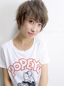 小顔ショート・キュート&クール|allys hair shinsaibashi OPAのヘアスタイル