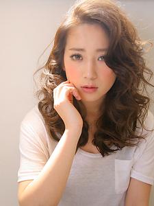 エクステ・ナチュラルベージュ|allys hair shinsaibashi OPAのヘアスタイル