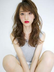 スウィートラフカール allys hair shinsaibashi OPAのヘアスタイル