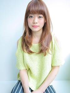 ゆるカール allys hair shinsaibashi OPAのヘアスタイル