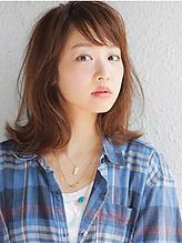 外ハネ・ロブミディ|allys hair shinsaibashi OPAのヘアスタイル
