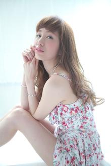 ヘルシーナチュラルロング|allys hair shinsaibashi OPAのヘアスタイル