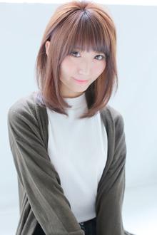 小顔に!レイヤーストレートスタイル|allys hair shinsaibashi OPAのヘアスタイル