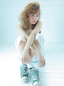 ゆるめ波ウェーブミックススタイル|allys hair shinsaibashi OPAのヘアスタイル