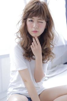 セミロング×パーマ|allys hair shinsaibashi OPAのヘアスタイル