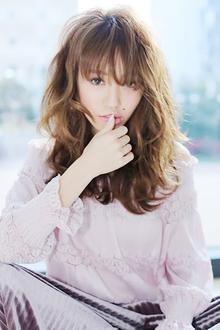 シースルーうざバングが大人っぽいレトロウェーブロング!|allys hair shinsaibashi OPAのヘアスタイル