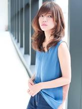 涼風美人のナチュラルワンカールスタイル|allys hair shinsaibashi OPA KAZZのヘアスタイル