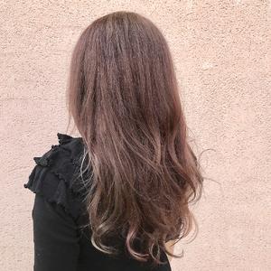 ラベンダーアッシュ×インナーカラー|ALPHA SALIDAのヘアスタイル