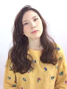ゆるふわ大人かわいいセミロングパーマ|ALPHA SALIDAのヘアスタイル