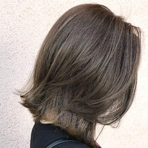 切りっぱなし×ハイライト|ALPHA SALIDAのヘアスタイル