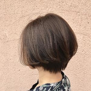 ショートボブ×ライトアッシュ|ALPHA SALIDAのヘアスタイル