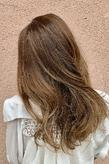 ハイライト×グラデーション|ALPHA SALIDAのヘアスタイル