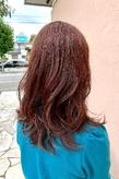 ミディアムレイヤー×ハイライト|ALPHA SALIDAのヘアスタイル