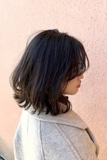 大人カワイイ暗髪カラー×外ハネ|ALPHA SALIDAのヘアスタイル