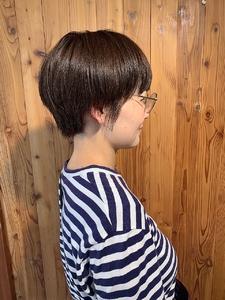大人可愛い小顔ショート|ALPHA SALIDAのヘアスタイル