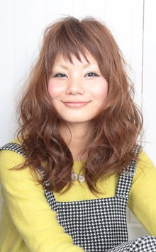 ☆ショートバングで絶妙な違和感を☆ hair lounge an rioのヘアスタイル
