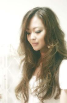 ルーズなスーパーロングウェーブ|ARENA HAIRのヘアスタイル