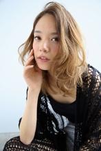 デジパーで簡単再現ミディ|Arouse by afloat 戸井田 望花のヘアスタイル