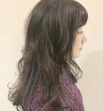 透け感バッチリの暗めカラー|ASSEMBLAGE  心斎橋店 のヘアスタイル