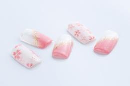 桜|HAIR Bflat'のネイル